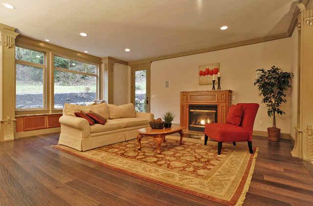 Home Creating Interiors